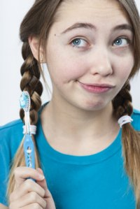 toothbrush_girl_funny_expression.jpg